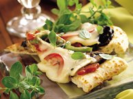 Portabella and Brie Appetizer Pizza