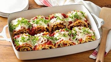 Make-Ahead Cheesy Turkey Spinach Lasagna Roll-Ups