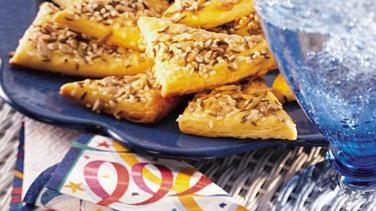 Seeded Crescent Wedges