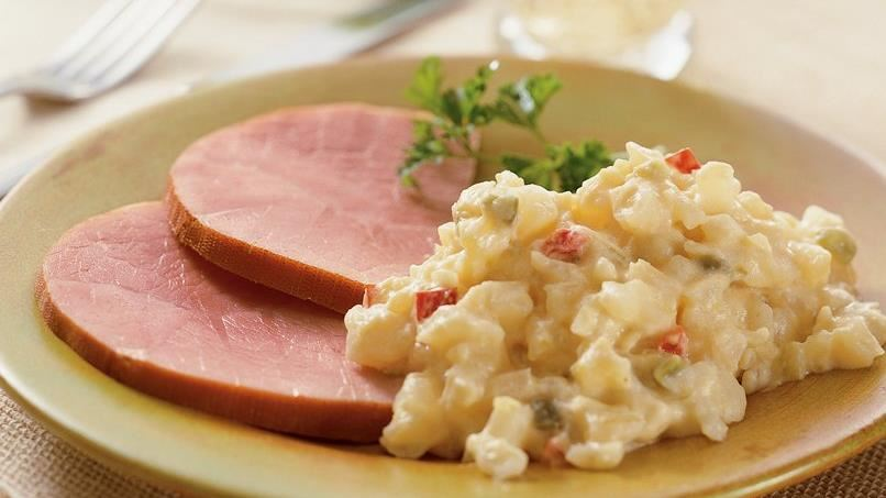 Slow-Cooker Ham with Cheesy Potatoes