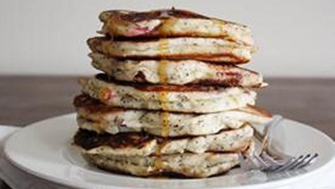 Fluffy Plum-Poppyseed Pancakes