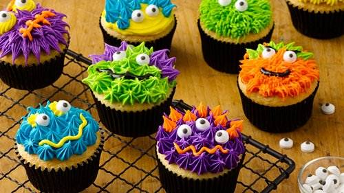 Scary monster cupcakes for How to make halloween cupcake cakes