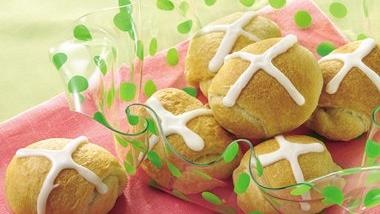 Crescent Hot Cross Buns