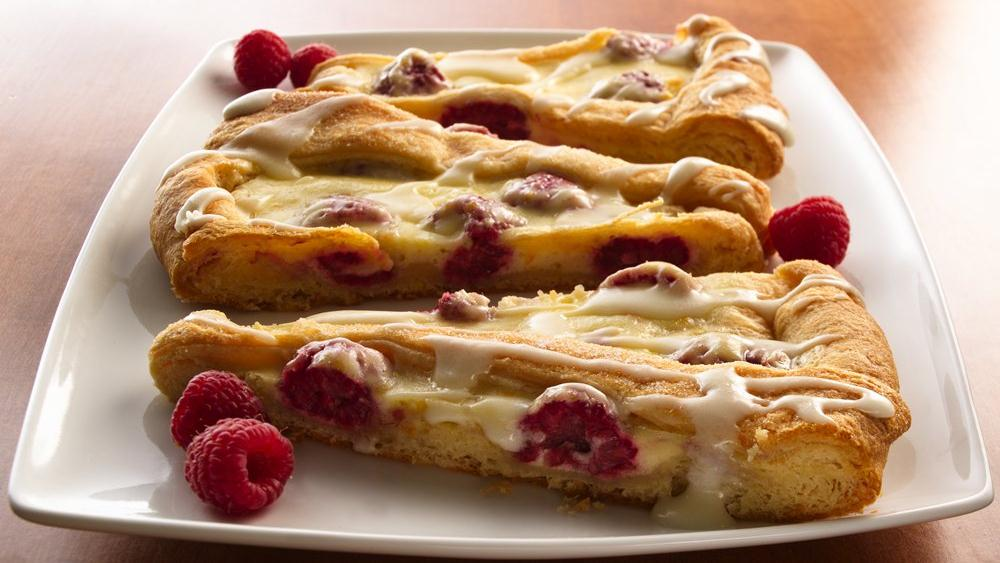 Cream Cheese-Raspberry Coffee Cake recipe from Pillsbury.com