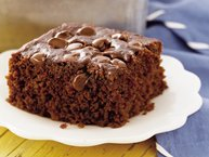 Chocolate-Banana Snack Cake