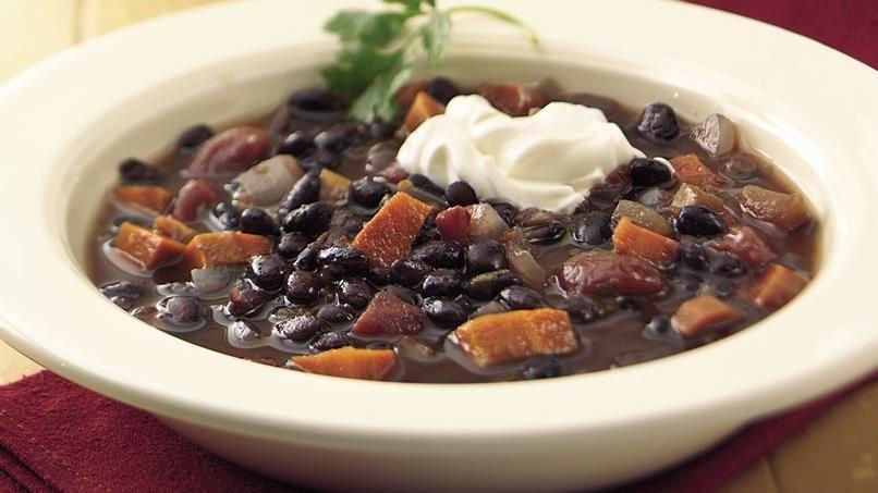 Slow-Cooker Zesty Black Bean Soup
