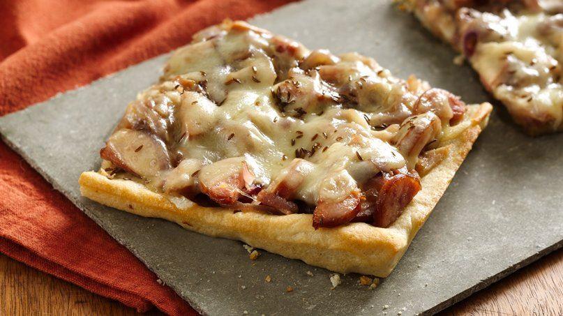 Caramelized Onion Polish Pizza
