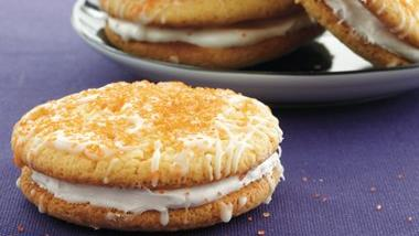 Full Moon Pies