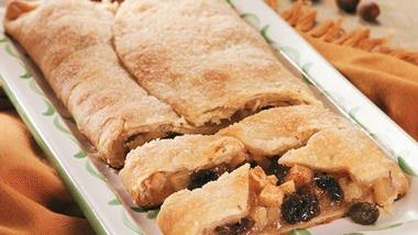 Easy Apple-Raisin Pie Slices