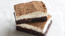 Easy Tiramisu Brownie Bars