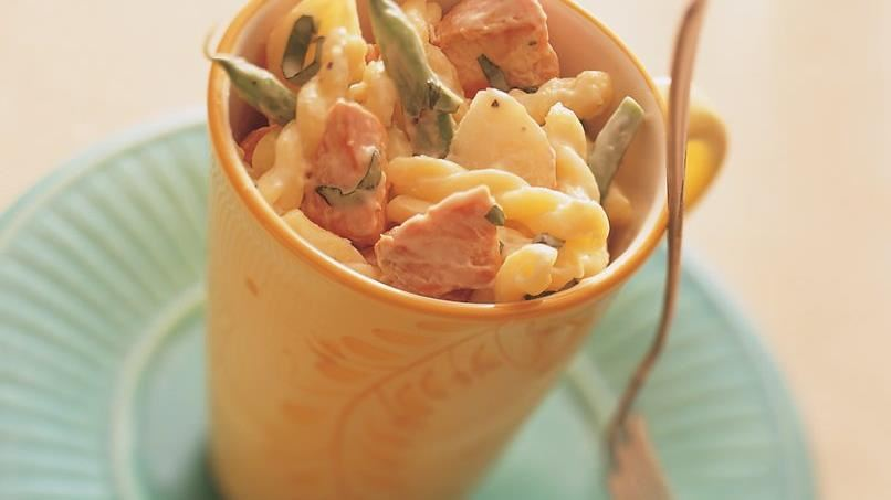Creamy Salmon with Gemelli and Veggies