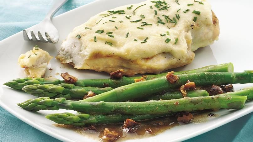 Asparagus with Toasted Walnut Butter
