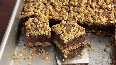 Old-Fashioned Oatmeal Brownies