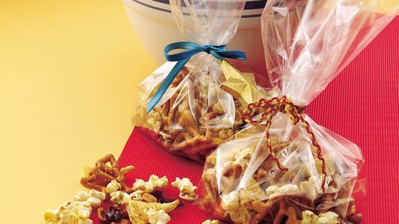 Sugar-and-Spice Snack Mix