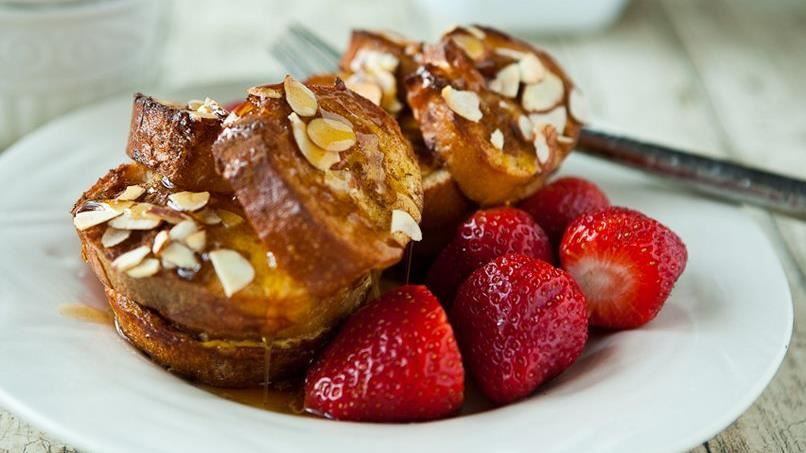 Boozy French Toast Cups