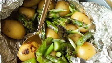 Grilled Potato and Asparagus Foil Pack