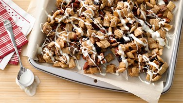 Slow-Cooker Valentine's Chex™ Mix