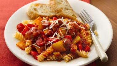 Slow-Cooker Italian Sausages and Peppers with Rotini