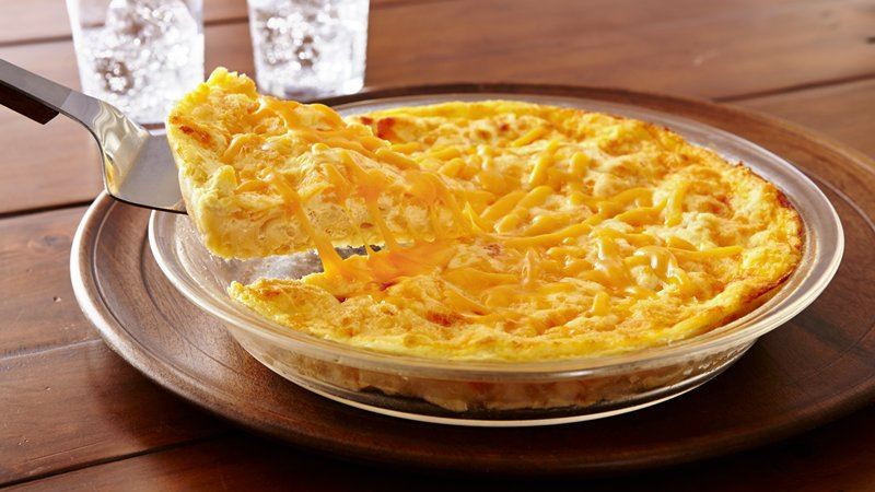 Impossibly Easy Mac and Cheese Pie