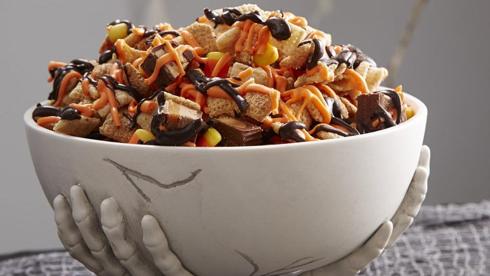 Halloween Zombie Chex Mix®