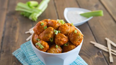Slow-Cooker Buffalo Chicken Meatballs