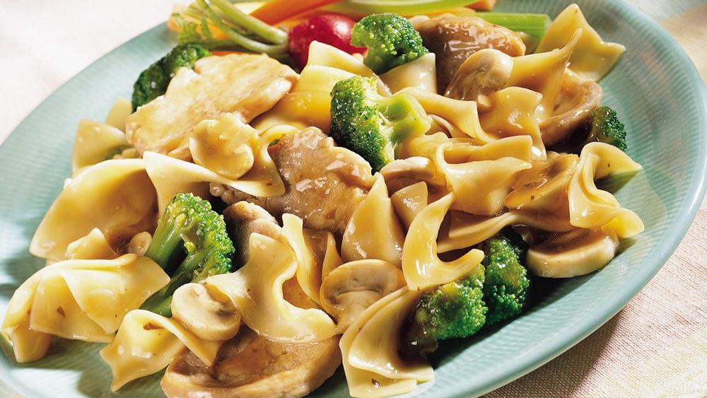 Pork, Broccoli and Noodle Skillet