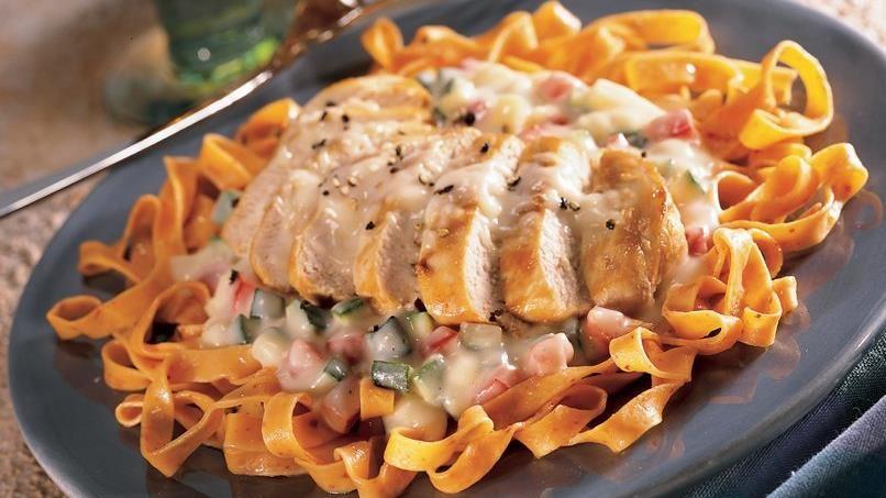 Garlic Chicken Mozzarella Alfredo