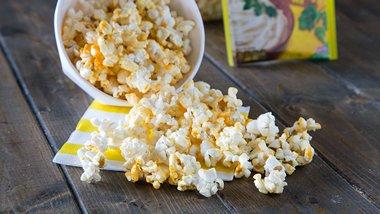 Zesty Cheddar Popcorn