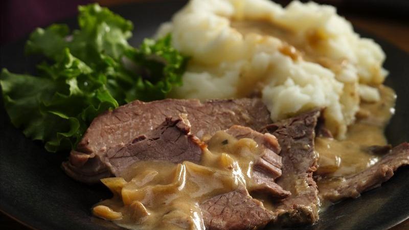 Slow-Cooker Mushroom 'n Onion Beef Brisket