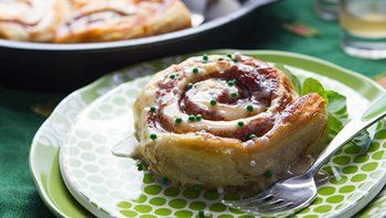 Cinnamon Rolls with Guinness, Baileys and Jameson