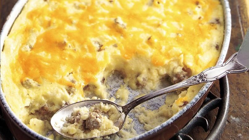 Sausage and Cheese Grits Casserole