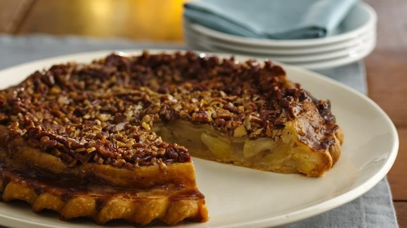 Caramel-Pecan Upside-Down Chai Apple Pie