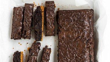 Brownie Sticks with Cheerios™ Crust