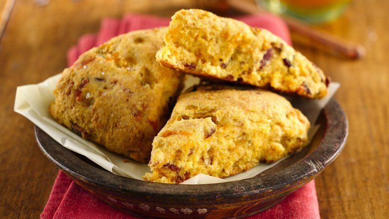 Cheddar and Chilies Cornbread Scones recipe from Betty Crocker