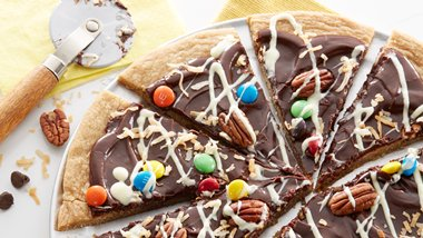 Chocolate Cookie Pizza