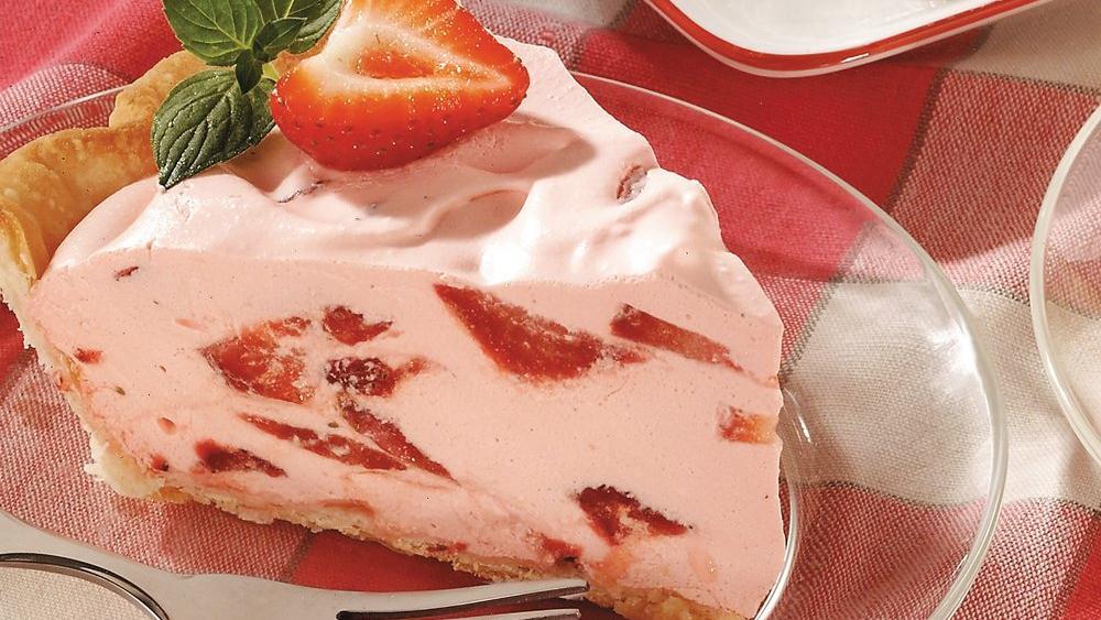 Strawberry Fluff Pie