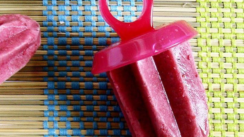 Berry Yogurt Ice Pops