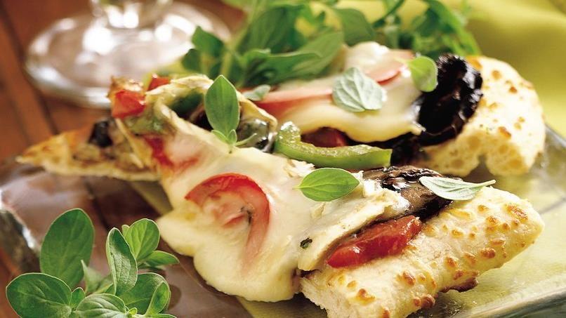 Portabella and Brie Appetizer Pizza