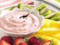Raspberry-Mint Marshmallow Creme Dip