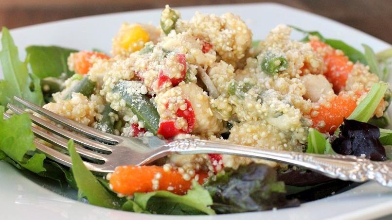 Hot Chicken-Quinoa Bowl