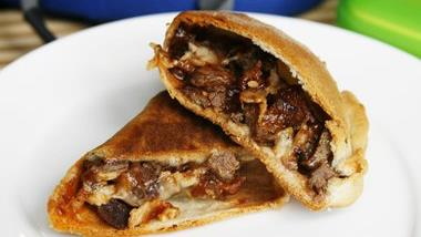 Beef Bacon Barbecue Pizza Pockets
