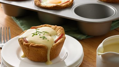 Eggs Benedict Biscuit Cups