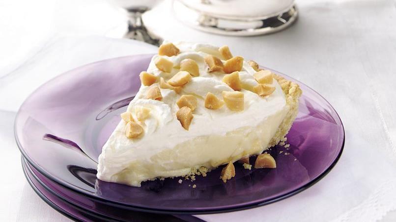 Macadamia Nut-Banana Cream Pie