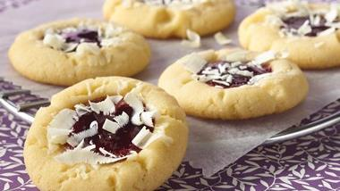 Raspberry White Chocolate Cheesecake Cookies