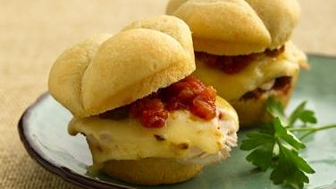 Southwest Melted Cheese and Chicken Sandwiches