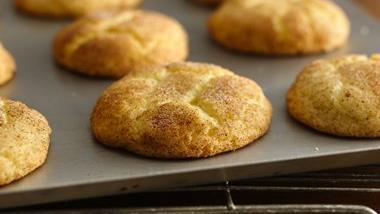 Gluten-Free Bisquick™ Snickerdoodles