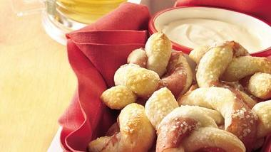 Ham Twisted Pretzels with Beer Dip