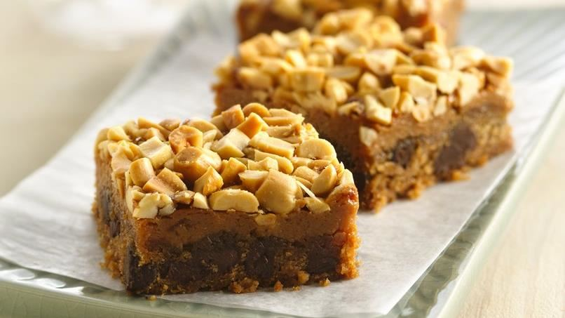 Sweet and Salty Peanut Bars