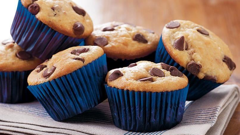 Peanut Butter-Chocolate Chip Muffins