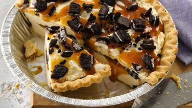 Cookie and Caramel Ice Cream Pie